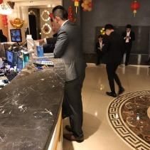 {酒店經紀日記}今天帶一個新科男模上店M男模酒吧的驚訝